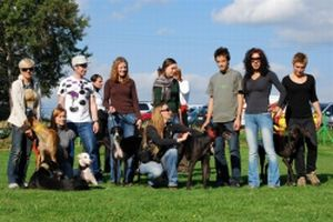 Larisa & friends at Galgo Meeting 300