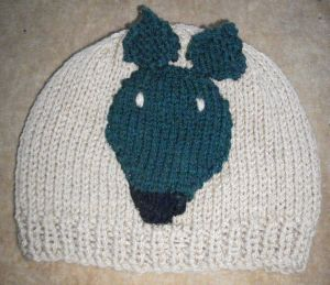 Hat beige green dog 300