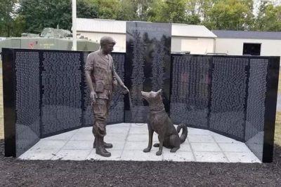 Vietnam war dogs memorial 400